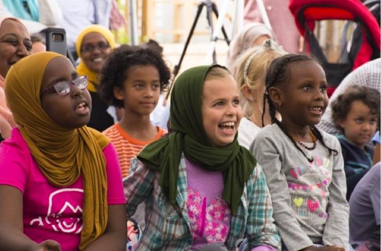 Photo of young Muslim girls